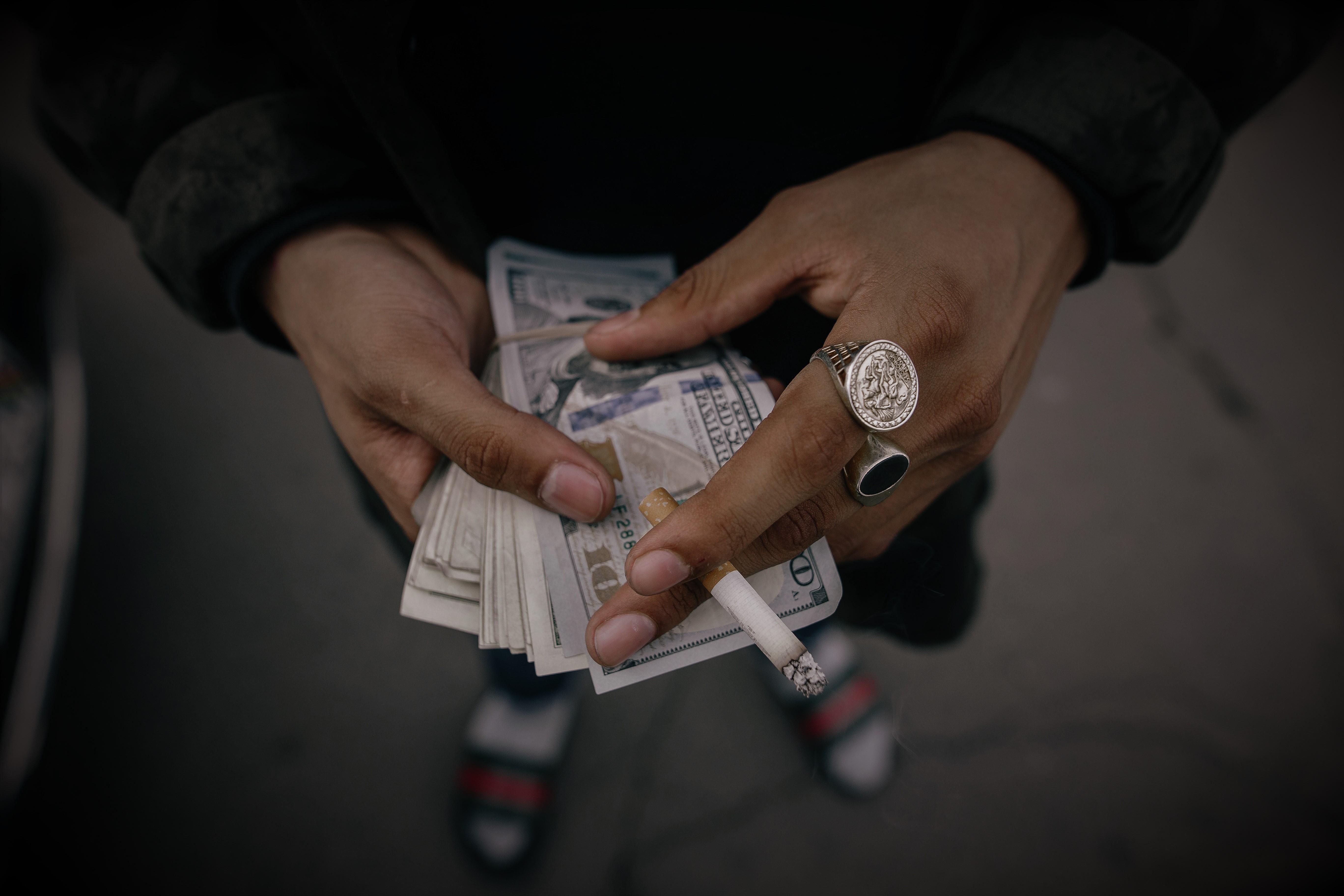 Cash Business – Dark